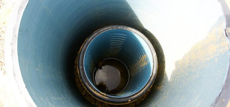 Czyszczenie studni – kiedy jest konieczne ijak wykonać?